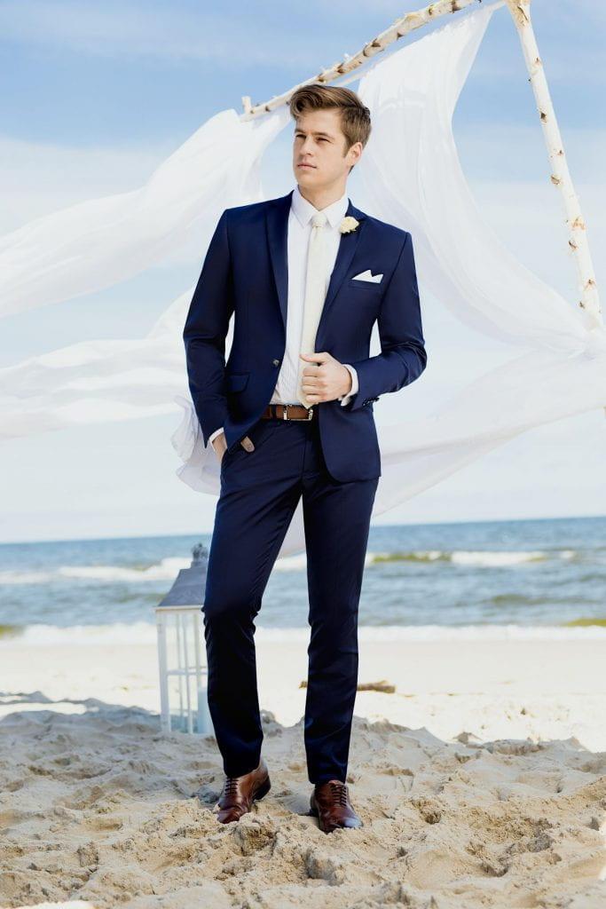 costume de mariée pour mariage sur plage